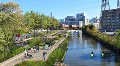 International architecture firm Skidmore, Owings, and Merrill (SOM) have unveiled their designs for a first-of-a-kind floating eco-park in Chicago. The scheme will see sections of the Chicago River and shoreline . Landscape Architecture, Landscape Design, Floating Architecture, Ville Durable, Lac Michigan, Parque Linear, Floating Garden, Sustainable City, Chicago River