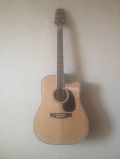For many years I have wanted a Takamine guitar. I sold a few in my Ilfracombe shop 'Flipside' in the Last week I bought one.