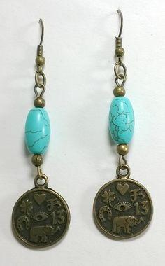 Brinco em bijuteria fina, estilo ouro velho com pedra natural turquesa R$ 18,00