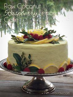 Raw-Kokos-Himbeer-Zitrone-cake