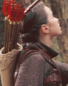 Susan Pevensie...looks like her hair is just twisted the put into a ponytail