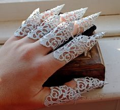 Elven Armour - Finger Cuff Full Set of Armor Claws by ArmaMedusa on Etsy https://www.etsy.com/listing/219749811/elven-armour-finger-cuff-full-set-of