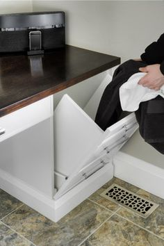 custom pull-out laundry chute