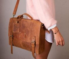 Dirty Harry Leather Bags. I want one for my laptop!!!!