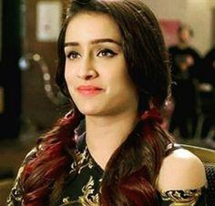 Bollywood Actress Hot, Bollywood Stars, Prettiest Actresses, Beautiful Actresses, Indian Celebrities, Bollywood Celebrities, Half Girlfriend, Shraddha Kapoor Cute, Sraddha Kapoor