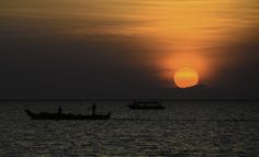 Sunset at Tonle sap by Lee Young Sik on 500px