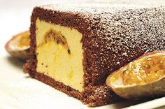 Mango-passionkakku on raikas kahvipöydän tarjottava. Dessert Recipes, Desserts, Tiramisu, Cheesecake, Food And Drink, Baking, Sweet, Ethnic Recipes, Tailgate Desserts