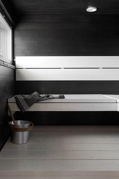 Vantaan asuntomessujen Villa Beautyn saunassa on Prosaunan kuusilankkulauteet, jotka käsitelty valkoisella Supi Saunavahalla. Samalla vahalla käsittelisin meille myös seinäpaneelit.