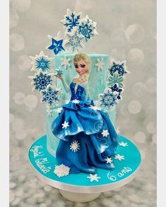 Elsa Birthday Cake, Frozen Themed Birthday Cake, Elegant Birthday Cakes, Frozen Birthday Theme, Frozen Theme Party, Birthday Parties, Frozen Doll Cake, Frozen Cake Topper, Elsa Cakes