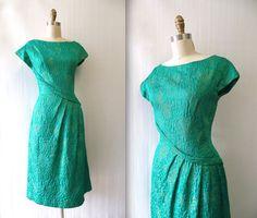 ROMAN HOLIDAY  Vintage 1960s green Fontana silk matelasse dress. DESIGNER: Sorelle Fontana, Roma Export, Made in Italy -Fontana, Romes oldest