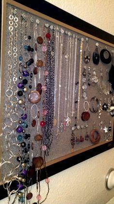 Organized jewelry corkboard