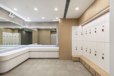 Pink Windmill, Yoga Studios, Restroom Design, Changing Room, Club Design, Shanghai, Lockers, Behance, Interior Design