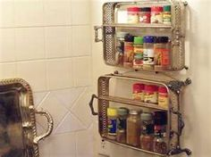 Neat idea for repurposing casserole dish holders. Neato! I see these all the time in thrift stores!
