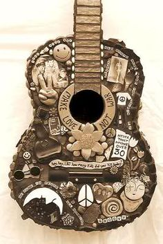 Hippie Guitar Photo: This Photo was uploaded by juan_jo. Find other Hippie Guitar pictures and photos or upload your own with Photobucket free image and. Guitar Art, Cool Guitar, Pablo Picasso, Beatles, Hippie Cake, Hippie Party, Grunge, Hippie Quotes, Guitar Photos