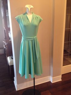 1970 Short Green Dress by TripletVintage on Etsy, $15.00 Vintage Clothing, Vintage Outfits, Short Green Dress, Vintage Accessories, Vintage Ladies, Summer Dresses, Etsy, Clothes, Women