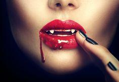 Escuridão Vampiro  Escuridão Fantasia Lábios Red Fangs Sangue Lipstick Papel de Parede