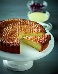 Foodie Magazine - March - April 2015 Gateau Basque by Daniel Boulud Sweet Recipes, Cake Recipes, Dessert Recipes, Gateau Basque Recipe, Basque Cake, Sweet Pastries, Köstliche Desserts, Let Them Eat Cake, Baked Goods