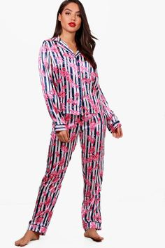 Take nights in up a notch with our silky soft sleepwear  You'll be saying no to nights out when you see our snuggle-worthy sleepwear and luxe loungewear. Cosy up in a co-ordinating pyjama set, drift off in a night dress or go for slumber party success in a statement onesie. Catch your beauty sleep in the best basics from boohoo.