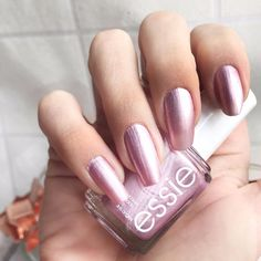 essie-winter-2017-galaxy-metals-stardust
