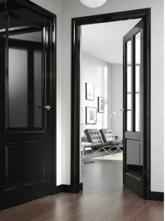 Black Interior Doors - Dramatic Or Conventional? When you need a truly dramatic, dramatic look, nothing is more dramatic than the use of black interior doors. Black doors give you the kind of feel that . Estilo Interior, Black Interior Doors, Black Doors, Interior Trim, Home Interior, Interior Design, Painting Interior Doors, Interior Door Colors, Black Windows