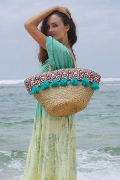 Straw Beach Tote, Straw Bag, Beach Bags, Glands, Boho Sandals, Summer Necklace, Jute Bags, Handmade Handbags, Fabric Bags