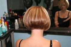 Bob - don't want Short Wedge Hairstyles, Stacked Bob Hairstyles, Short Bob Haircuts, Pretty Hairstyles, Medium Hair Styles, Short Hair Styles, Hair Day, Short Hair Cuts, Hair Inspiration