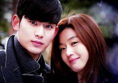 """""""… el K-drama que protagonizaron Jeon Ji Hyun y Kim Soo Hyun, podría tener una… Asian Actors, Korean Actresses, Korean Actors, Actors & Actresses, Korean Dramas, Korean Drama Romance, Korean Drama Series, Korean Tv Shows, My Love From Another Star"""