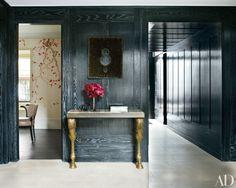 AD100 honoree Rafael de Cárdenas designed the distinctive interiors of this London home.