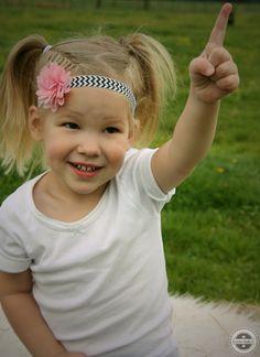 Www.facebook.com/lievhip #fotoshoot #photoshoot #foto #photo #shoot #boerderij #meisje #girl #schattig #lief #hip #headband #haarband #cute #haarbandje #haaraccessoires #hairaccessoires #accessoires #webshop #facebook #winkel #shop #onlineshop