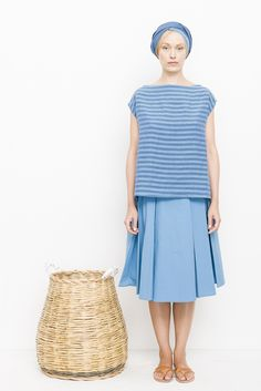 apuntob P747 stripe linen top and P717 cotton poplin skirt in azur