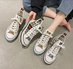 Spedizione Gratis Chuck Taylor Sneakers, Chuck Taylors, 3, Shoes, Products, Fashion, Spring, Moda, Zapatos