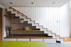 Under stair storage ! Staircase Storage, House Staircase, Interior Staircase, Stair Storage, Staircases, Home Stairs Design, Home Room Design, Home Design Decor, House Design