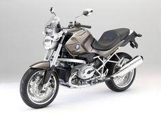 2011 sport bike BMW R1200R Classic