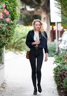Sophie Turner leaves a Recording Studio in Beverly Hills, CA 11/29/ 2016