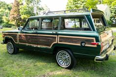 Bid for the chance to own a 1991 Jeep Grand Wagoneer Final Edition at auction with Bring a Trailer, the home of the best vintage and classic cars online. Future Transportation, Woody Wagon, Jeep Wagoneer, New Sports Cars, Car Goals, Jeep Cj, Classic Cars Online, Jeep Grand, Classic Trucks
