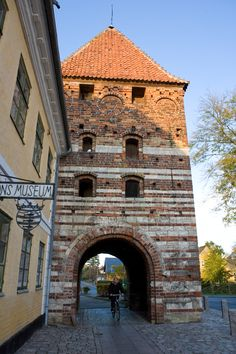"Medieval Stege - Stege the capital of the island of Moen has always been - and is still today the trading centre of the island. If you follow the ""Herring Trail"" through Stege, you will pass the town symbol Mølleporten, the medieval moats and Empiregården, which houses the museum."