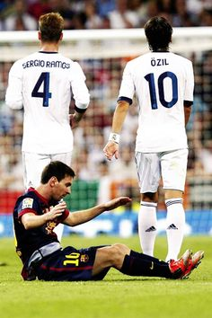 Hala Madrid!  For You Sue....one of my fav pics ever :)))