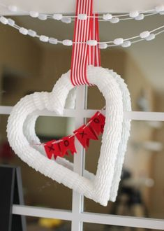 valentine decoration ideas with love ornaments 15 Valentine Day Decorations With Romantic Ideas