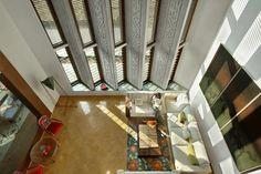 Ajay Patel Residence | Dipen Gada & Associates House Front Design, Small House Design, Living Room Sofa Design, Living Room Designs, Dipen Gada, Exterior Design, Interior And Exterior, Indian Home Design, Home Ceiling