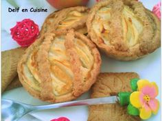 Recette Dessert : Tartelettes aux pommes-crème vanillée sur pâte brisé spéculoos par Delfencuisine