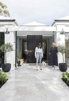 Thirty years after it was built, this Perth home has been given a second life with a modern resort-style revamp. Steel Windows, Steel Doors, Teracotta Floor, Marble Benchtop, Garden Design, House Design, House Entrance, Resort Style, Interior Design Studio