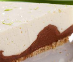 Caminha de Cacau, Lençol de Chocolate com Manta de Nata e Limão - http://www.receitasja.com/caminha-de-cacau-lencol-de-chocolate-com-manta-de-nata-e-limao/