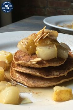 Carrot Cake Oatmeal Pancakes with Ginger-Vanilla Sautéed Pear by Ann Nunziata Carrot Cake Oatmeal, Oatmeal Pancakes, Pancakes And Waffles, What's For Breakfast, Breakfast Pancakes, Overnight Oatmeal, Create A Recipe, Delicious Breakfast Recipes, Recipe Of The Day