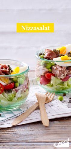 Was gibt es Besseres an heißen Sommertagen als einen frischen Salat? 😋 Mit Edamame und Thunfisch wird der Salat zu einem echten Protein-Booster. Guten Hunger! 🍽️ #almased #fragalma #gesundessen #abnehmen2020 #nizzasalat #edamame