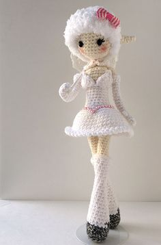 Miss Leah the Ballerina Tightrope Walker | Amigurumi design contest | entry by Diceberry Designs ♡