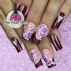 Ana Paula Villar muito caprichosa mesmo (@colanavillar) Pretty Nail Designs, Diy Nail Designs, Colorful Nail Designs, Violet Nails, Pink Nails, New Nail Art, Nail Art Diy, Cute Toe Nails, Pretty Nails