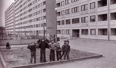 kids playning. Miljonprogrammet, Sweden 1970s