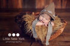 Newborn photo prop, newborn hat, newborn prop, newborn girl bonnet, newborn props Monogram Hats, Newborn Beanie, New York Photography, Newborn Photo Props, Newborn Pictures, Newborn Gifts, First Photo, Baby Hats, Crochet Hats