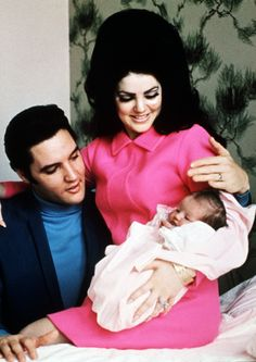 Elvis with wife Priscilla and daughter Lisa Marie in Memphis, 1968.