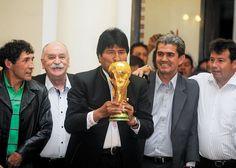 """Bolivia Informa: Evo reta a opositores: """"¿Donde está el revocatorio..."""
